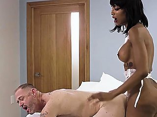 Fake Nurse Ebony Shemale Anal Fucks A Panic Patient
