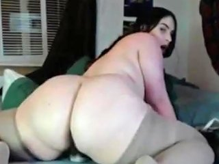 Young BBW Babe With Hairy Pussy On Cam13